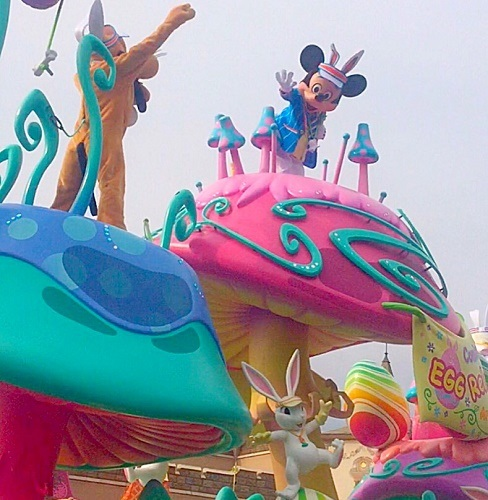ディズニーランド,ミッキーマウス,ミニーマウス,ディズニーパレード,イースターパレード