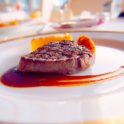 銀座スカイラウンジ,回転レストラン,回転するレストラン,回転レストラン銀座,回転レストラン東京,東京交通会館,牛フィレ肉のグリエ 芳醇なマデラ酒ソース