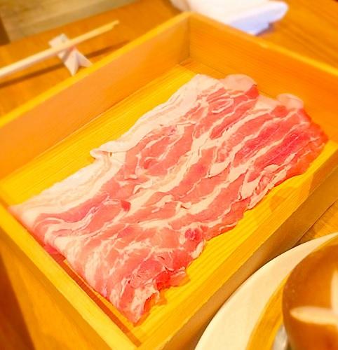 横浜中華街,大連餃子基地DALIAN,,中華料理,黒酢酢豚,火鍋